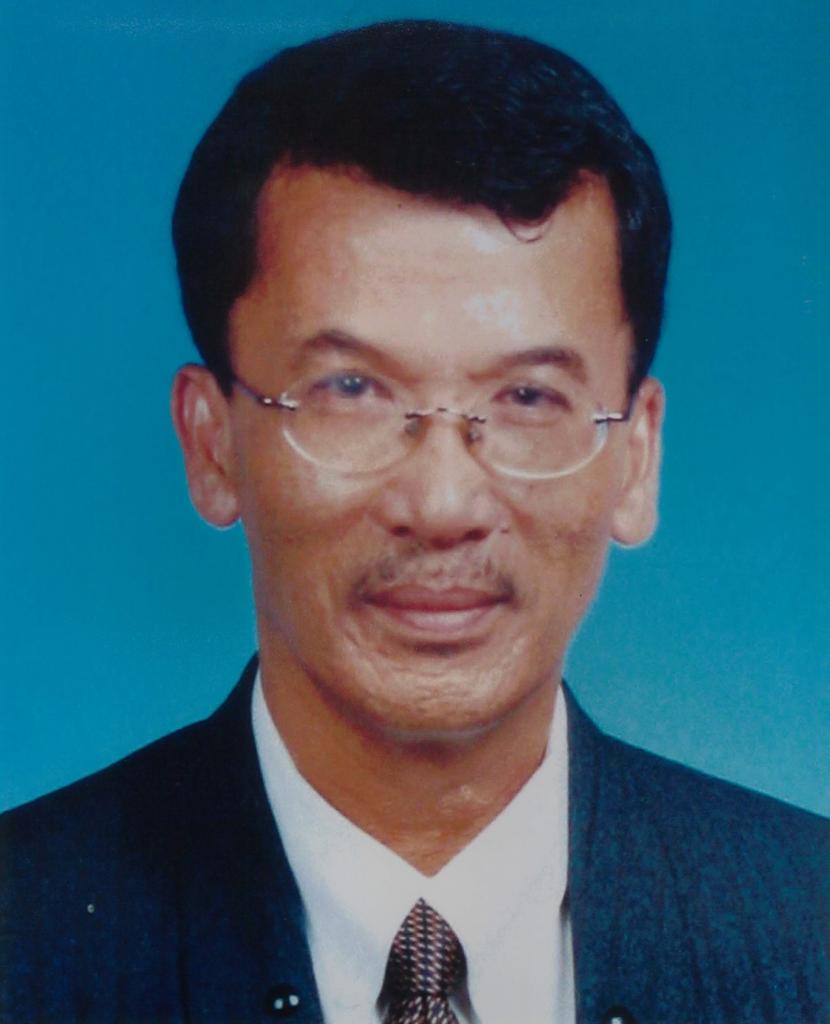 Y.Bhg . Hj. Yahaya Bin Hj. Awang 2002 2003