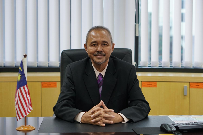 Dengan hormatnya dimaklumkan bahawa tempoh perkhidmatan saya sebagai KP JAKOA tamat pada 29 April 2021 yang lepas